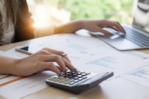doing taxes with calculator and computer